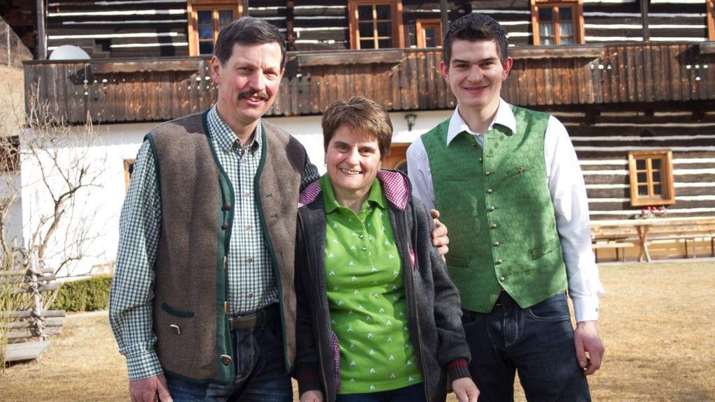 Bauernfamilie-vulgo-Matl
