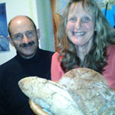 Brot-von-Familie-Glanzer-vlg.-Mente