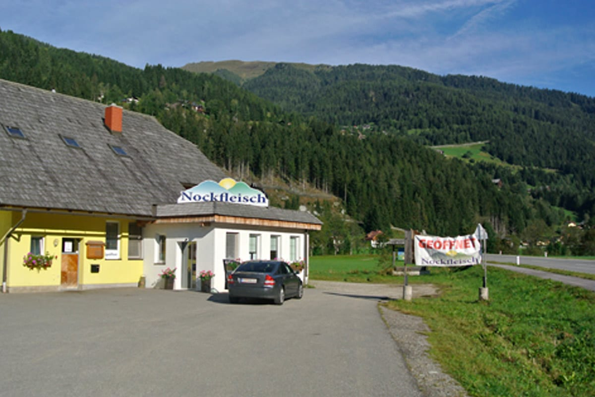 Filiale-Nockfleisch-Patergassen-Bauernladen-Frisch-Fleisch-1