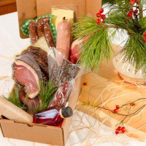 Geschenkspaket hübsch verpackt